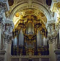 The world's biggest church organ in Passau
